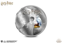 This Silver-Plated coin features an engraving of Harry Potter and has been officially approved by J.K Rowling and Warner Bros.