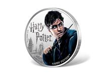 This coin is struck in 1oz of fine silver to a proof finish. Issued by Fiji, this 1 dollar coin features a coloured photographic image of Harry Potter.