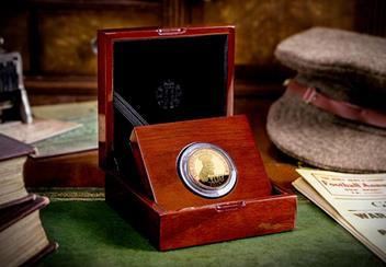 Uk 2014 Wwi 100Th Lord Kitchener Gold Proof Two Pound Coin In Display Case Lifestyle