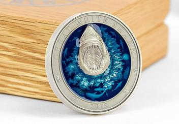 2018 Great White Shark Enamel 3Oz Silver Antique Finish Coin Reverse3