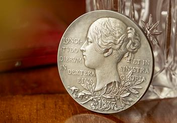 Queen-Victoria-Silver-Medallion-Lifestyle2.png