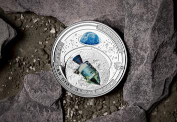 LS-2020-Solomon-Islands-Apollo-8-Half-Dollar-Silver-Proof-with-colour-print-detail-Lifestyl.jpg