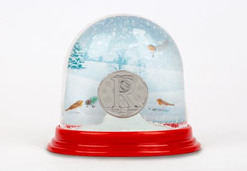Christmas Red Robin 10P Snowglobe